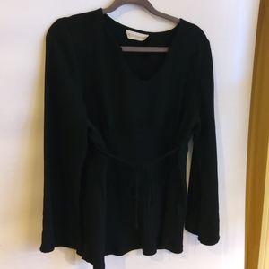 4/$25 Motherhood Black Blouse XL